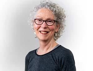 Kathryn McGoldrick (YogaHara)