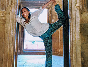 Natalie (Swan Yoga Bliss)